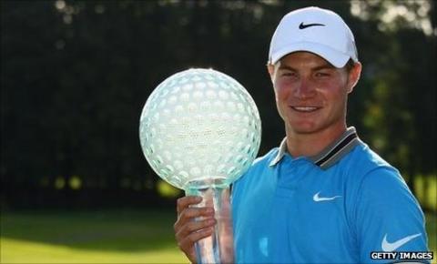 Fisher lifts Czech Open trophy