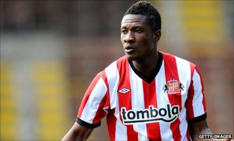 Asamoah Gyan in Sunderland colours