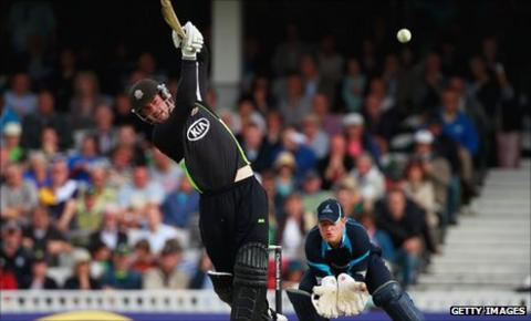 Tom Maynard hits out against Sussex