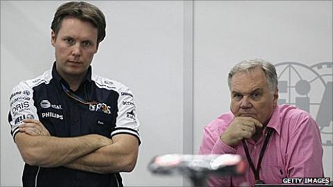 Sam Michael (left) and Williams engineering director Patrick Head