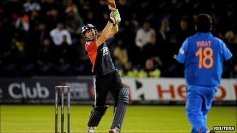 Jonny Bairstow smashes a six