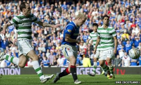 Steven Naismith knocks in Rangers' fourth goal at Ibrox on Sunday