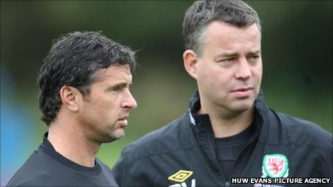 Gary Speed and Raymond Verheijen
