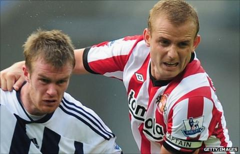 Lee Cattermole (right) and Chris Brunt