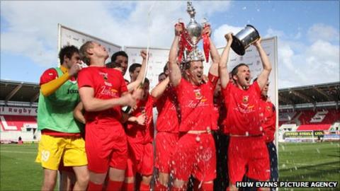 Llanelli won the FAW Welsh Cup in 2011