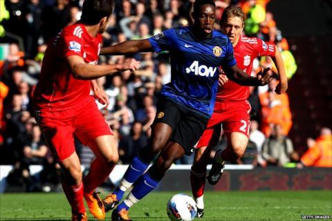 Danny Welbeck runs at the Liverpool defence