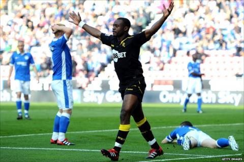 Nigel Reo-Coker celebrates his goal for Bolton
