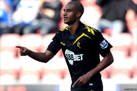 David Ngog scores Bolton's second