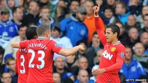 Javier Hernandez (right) celebrates his goal with teammates Patrice Evra and Tom Cleverley