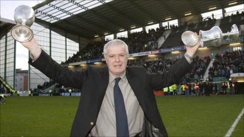 Former Hibs captain Pat Stanton