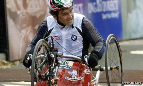 Alex Zanardi at the New York marathon in 2007