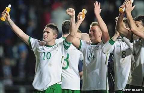 Robbie Keane and his Republic team-mates salute their fans after the 4-0 win