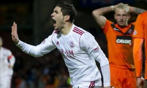 Mohamed Chalali celebrates