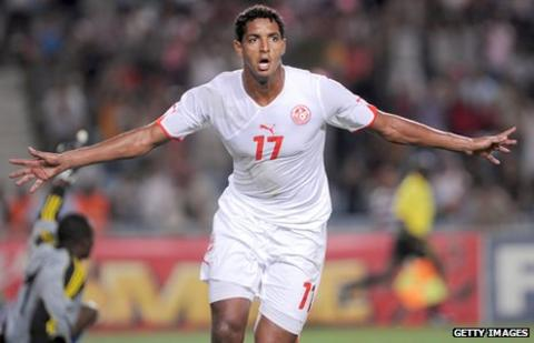 Issam Jemaa in action for Tunisia