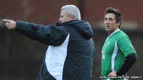 Warren Gatland and Gavin Henson