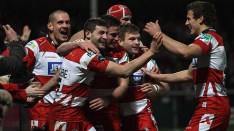 Gloucester celebrate decisive try