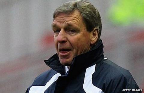 Shrewsbury boss Graham Turner hits out at greedy agents