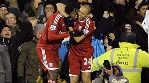 West Brom's Somen Tchoyi and Peter Odemwingie