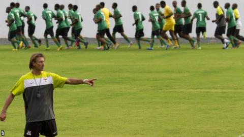 Herve Renard watches his players train in Bata