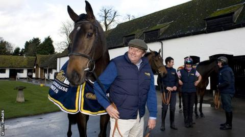 Long Run and trainer Nicky Henderson