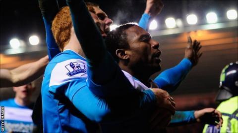 Stephane Sessegnon celebrates the Sunderland winner