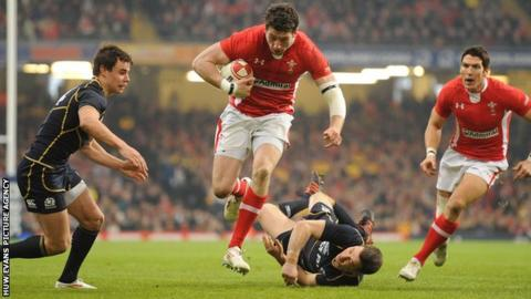Alex Cuthbert scored Wales' first try in the win over Scotland