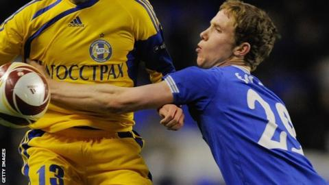 Adam Forshaw playing for Everton against BATE Borisov