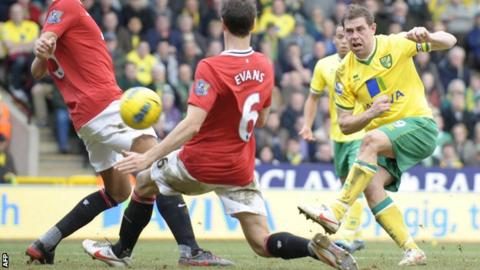 Grant Holt strikes for Norwich City