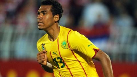 Cameroon's Eric Choupo-Moting struck a late winner in Guinea-Bissau