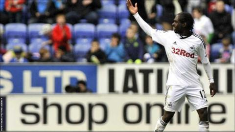 Nathan Dyer reacts to getting sent-off