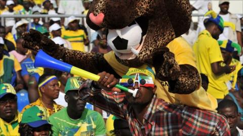 A fan of Gabon's Panthers