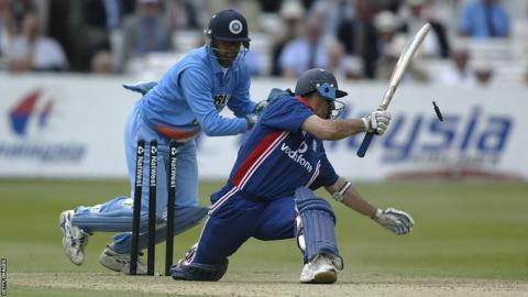 England captain Nasser Hussain overbalances and is stumped by Rahul Dravid