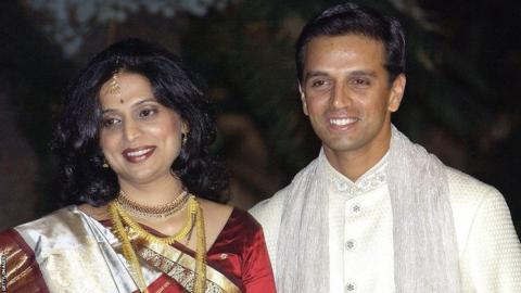 Rahul Dravid and Vijeta Pendharkar at their wedding