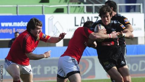 Matteo Pratichetti (right) of Aironi in action against Munster