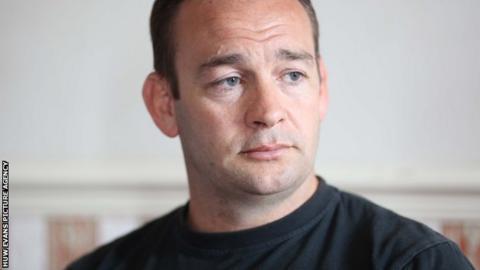 Dragons coach Darren Edwards