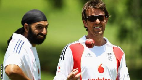 Monty Panesar, left, and Graeme Swann