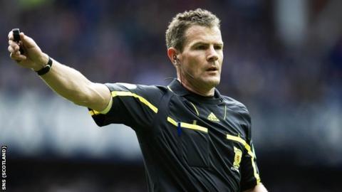 Referee Steve Conroy