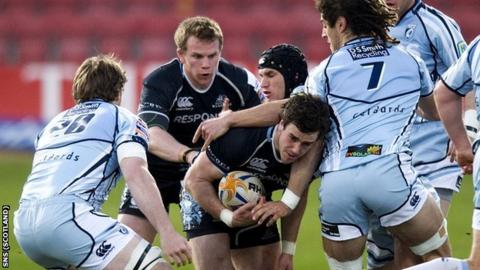 Glasgow Warriors and Cardiff Blues players