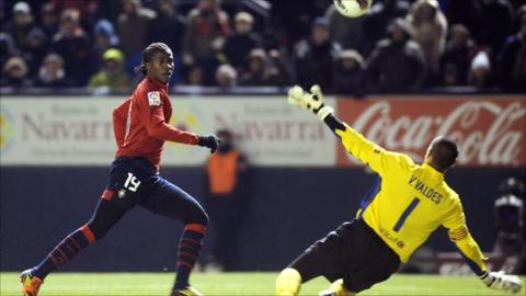 Ibrahima Balde of Osasuna is one of the players Senegal are chasing
