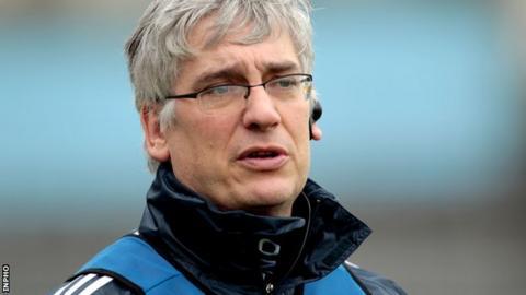 Cavan manager Val Andrews