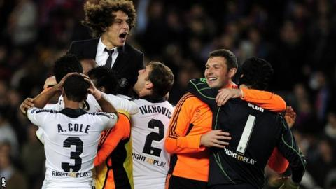 Chelsea celebrate beating Barcelona to reach Champions League final