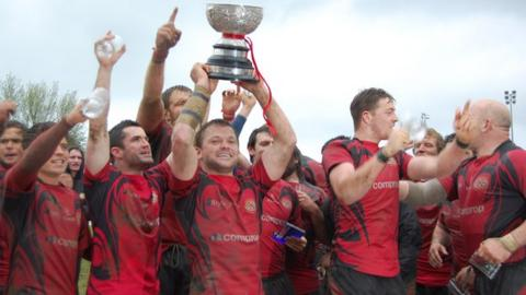 Jersey lift the 2012 Siam Cup