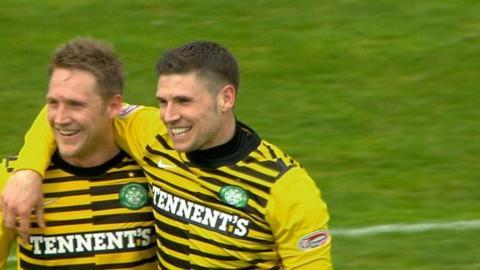 Celtic forwards Kris Commons and Gary Hooper