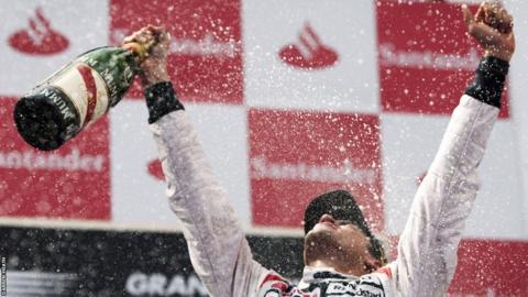 Pastor Maldonado celebrates in Spain