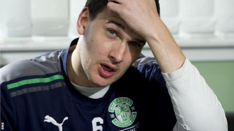 Murray is out of contract with Hibs this summer