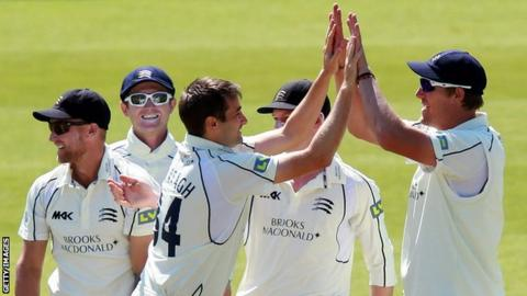 Tim Murtagh takes a wicket for Middlesex