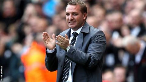 Brendan Rodgers, applauding