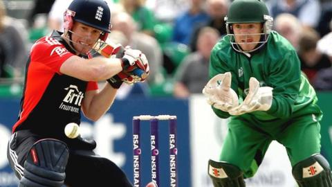Eoin Morgan and Ireland wicketkeeper Niall O'Brien in 2011