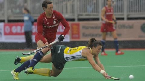 GB's Hannah Macleod battles with Dirkie Chamberlain of South Africa