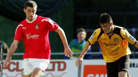 Wrexham and Newport play each other